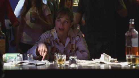 """I izzz drinks you unda da tablezzz...hic..."""